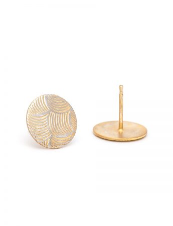 Japanese Wave Print Stud Earrings - Yellow Gold Plate