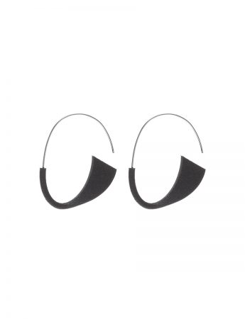 Suki Earrings - Black
