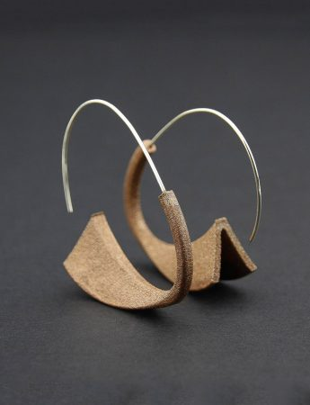 Suki Earrings - Golden