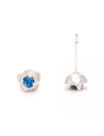 Forget-Me-Not Stud Earrings - Blue Sapphire