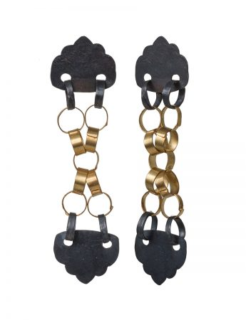 Kiss Kiss Earrings - Black & Gold