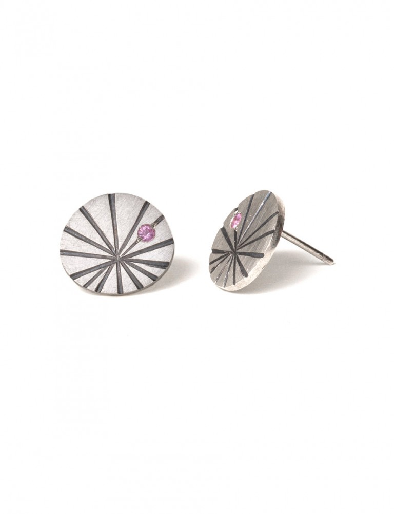 Large Fan Shell Stud Earrings – Sapphire