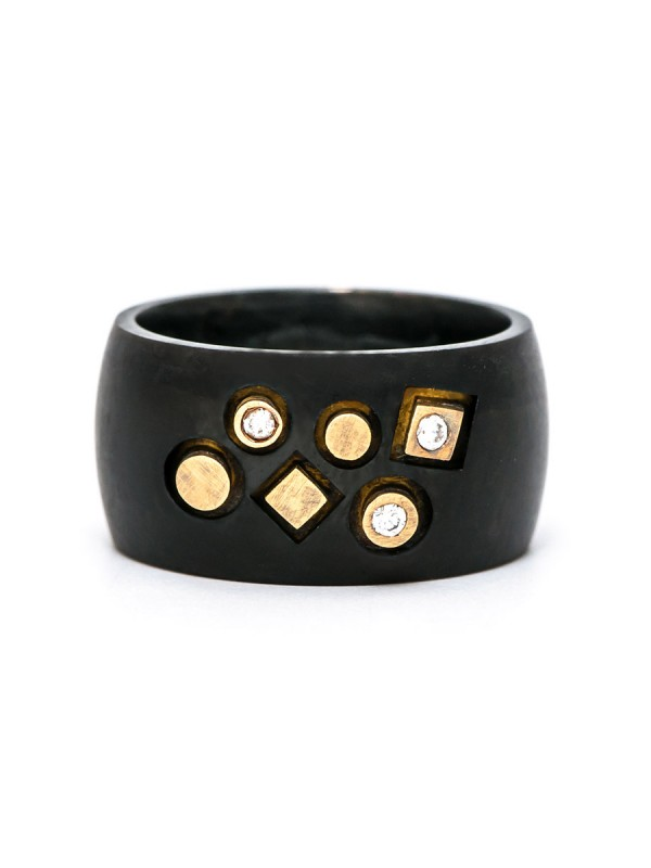Stonemason Ring – Black, Yellow Gold & Diamonds