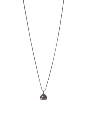 Vivienne Pearl Pendant Necklace - Black