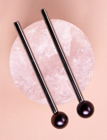 Post Pearl Earrings - Black