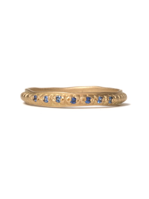 Sapphire Stitches Ring – Yellow Gold