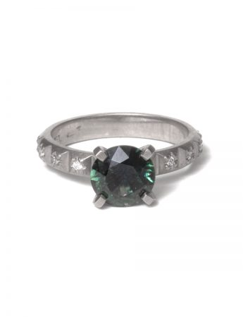 Aurora Ring – Green Sapphire & Diamonds