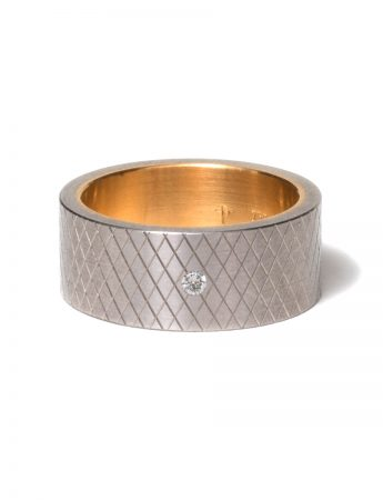 Diamond Cut Sleeved Ring with Diamond
