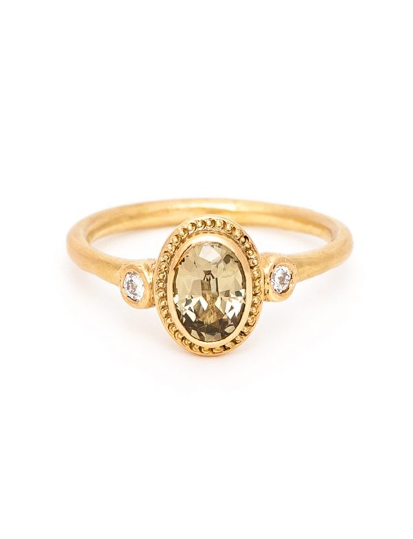 Old World Ring – Yellow Parti Sapphire