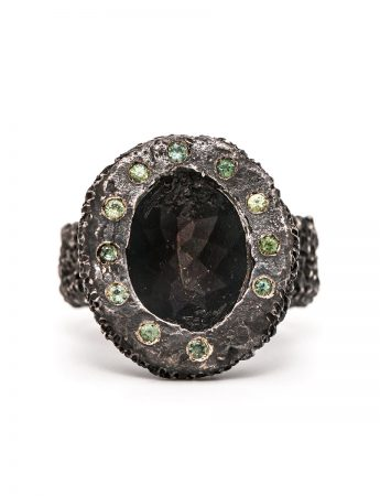 Lost Sapphire Ring - Black