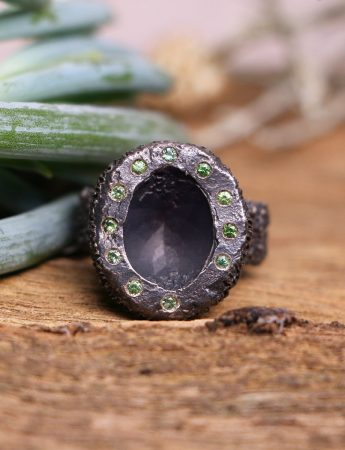 Lost Sapphire Ring – Black