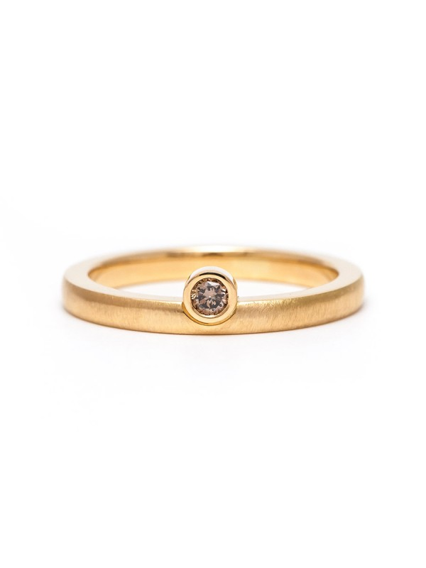 Offset Champagne Diamond Ring – Yellow Gold