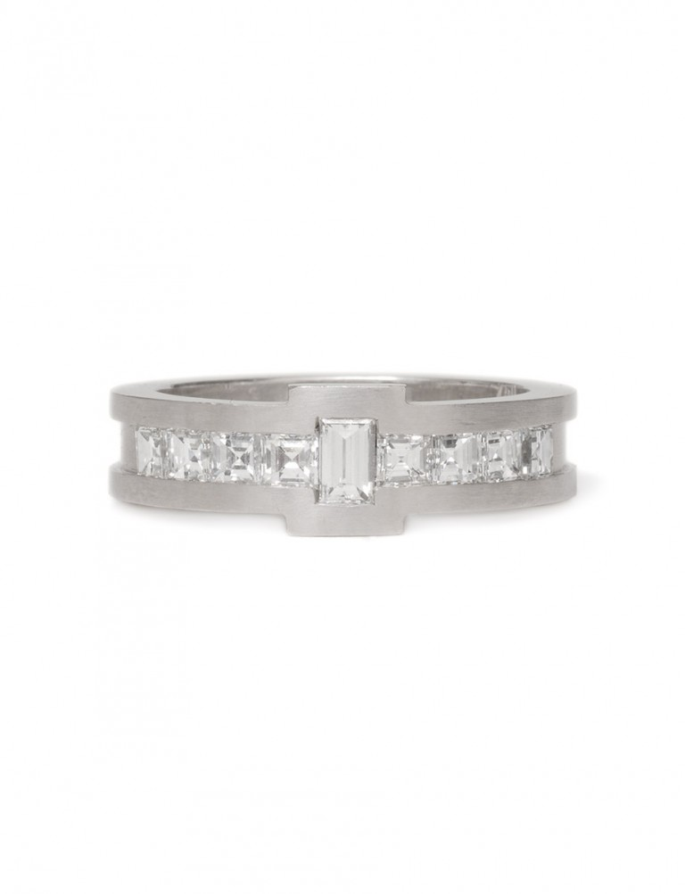 Baguette & Carre Diamond Ring – White Gold