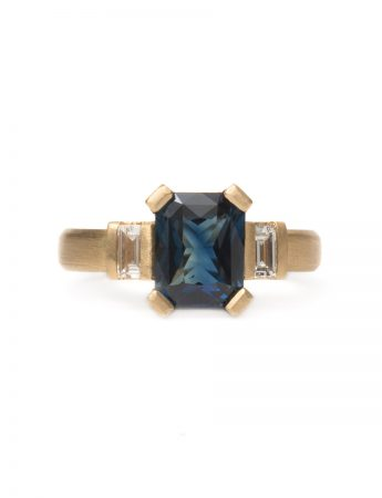 Deco Ring - Sapphire