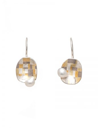 Coastal Terrain Hook Earrings - Pearls