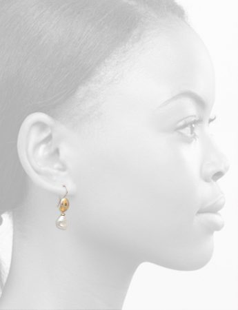Lustrous Terrain Hook Earrings – Pearls
