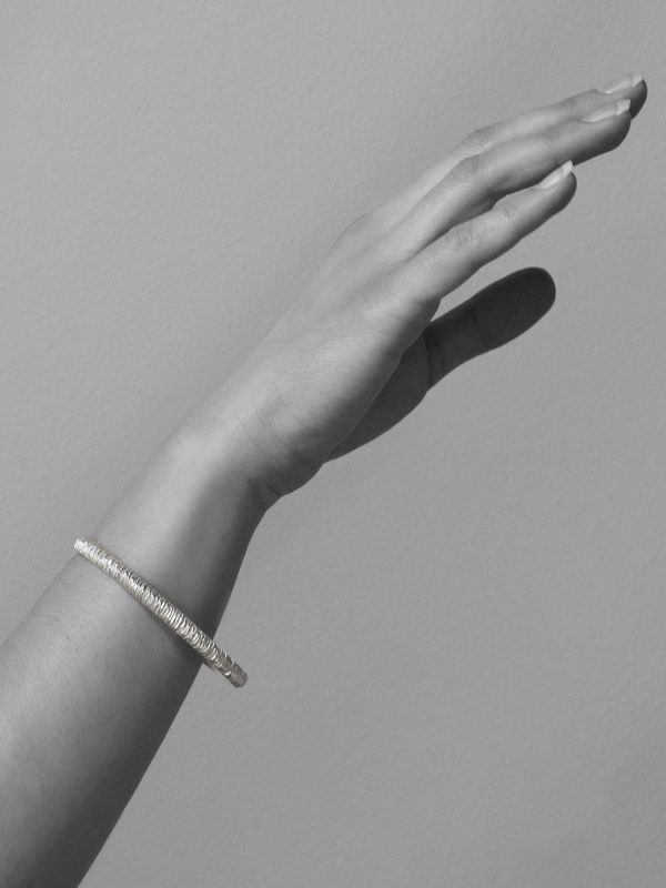 Mini Facet Bangle – Silver