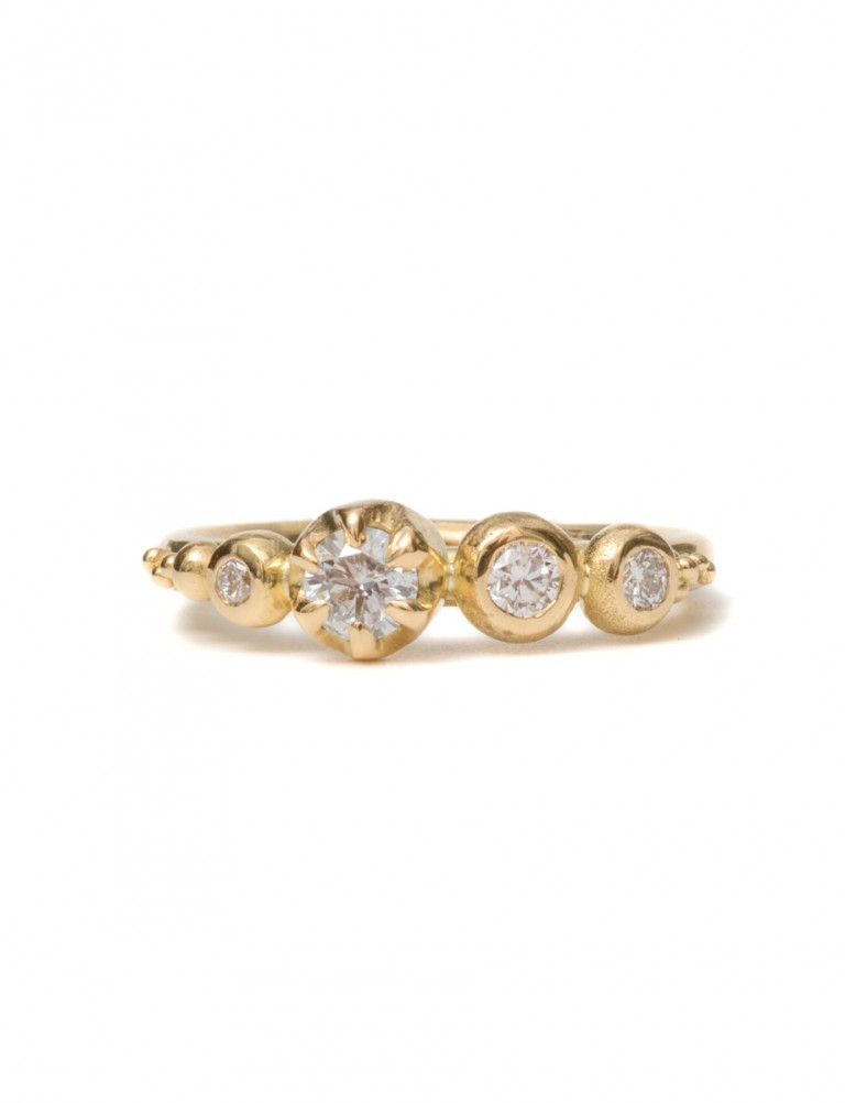 Balmoral Diamond Ring – Yellow Gold