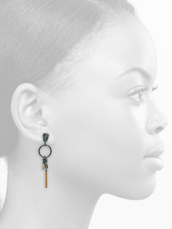 Long Ramshackled Earrings – Black & Gold