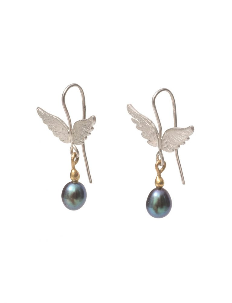 Spread Your Wings Earrings – Black Pearl