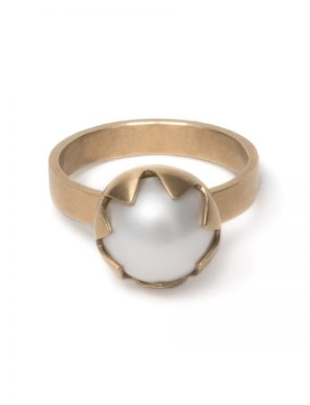 Small Corona Ring - Gold & Pearl
