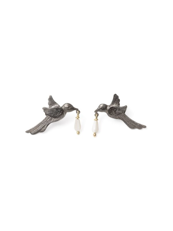 The Mother Heard Your Thirsty Spirit Earrings – Black