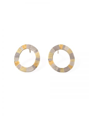 Infinite Terrain Oval Stud Earrings