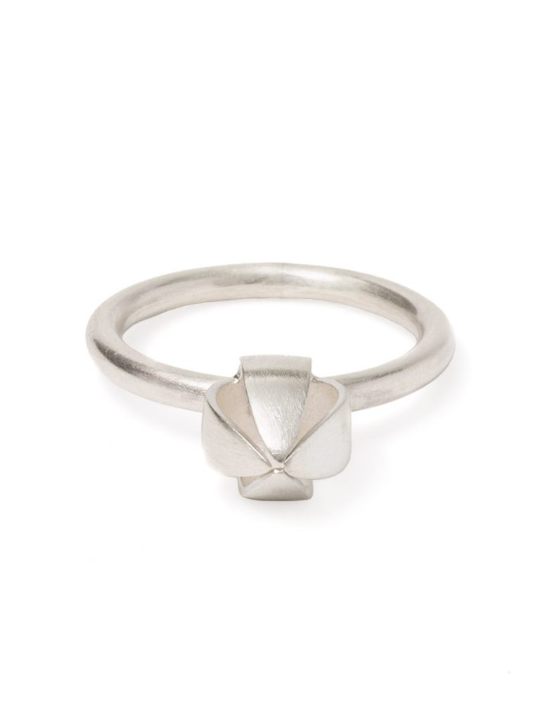 Boronia Bud Ring – Silver