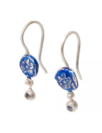 Daisy Drops Fragment Fixed Hook Earrings - Blue with Sapphires