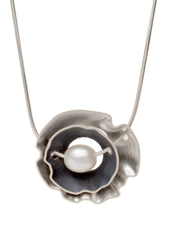 Double Rippled Periwinkle Necklace – Silver & Pearl