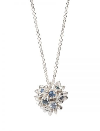 Giardinetti Cluster Pendant Necklace - Silver with Blue Sapphires