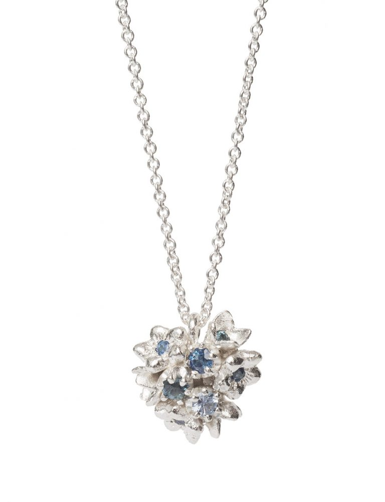 Giardinetti Cluster Pendant Necklace – Silver with Blue Sapphires