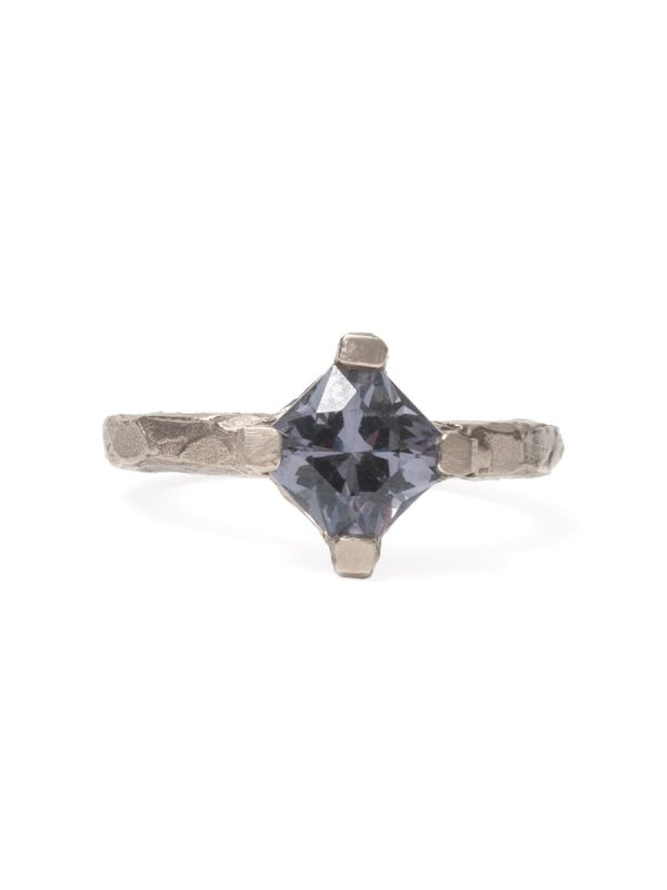 Melted Ring – White Gold with Grey Spinel