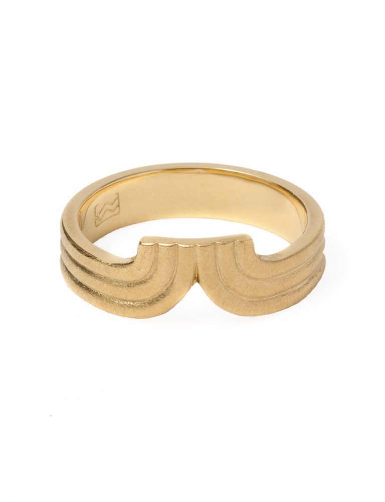 Tri Curve Ring – Gold