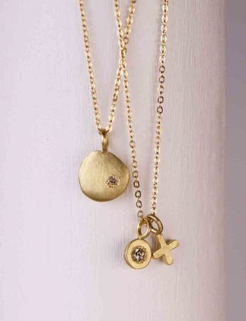 XO Love Charm Necklace - Gold & Diamond