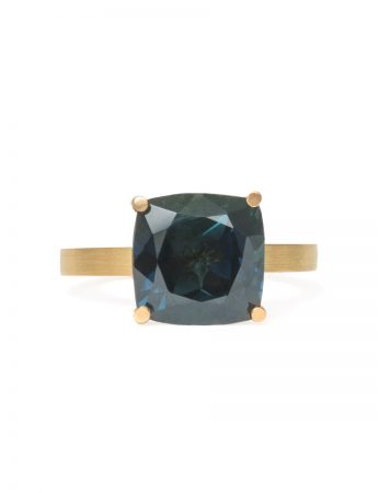 Four Claw Ring - Yellow Gold & Parti Sapphire