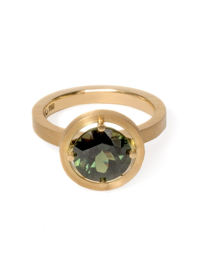 Halo Ring – Yellow Gold & Sapphire