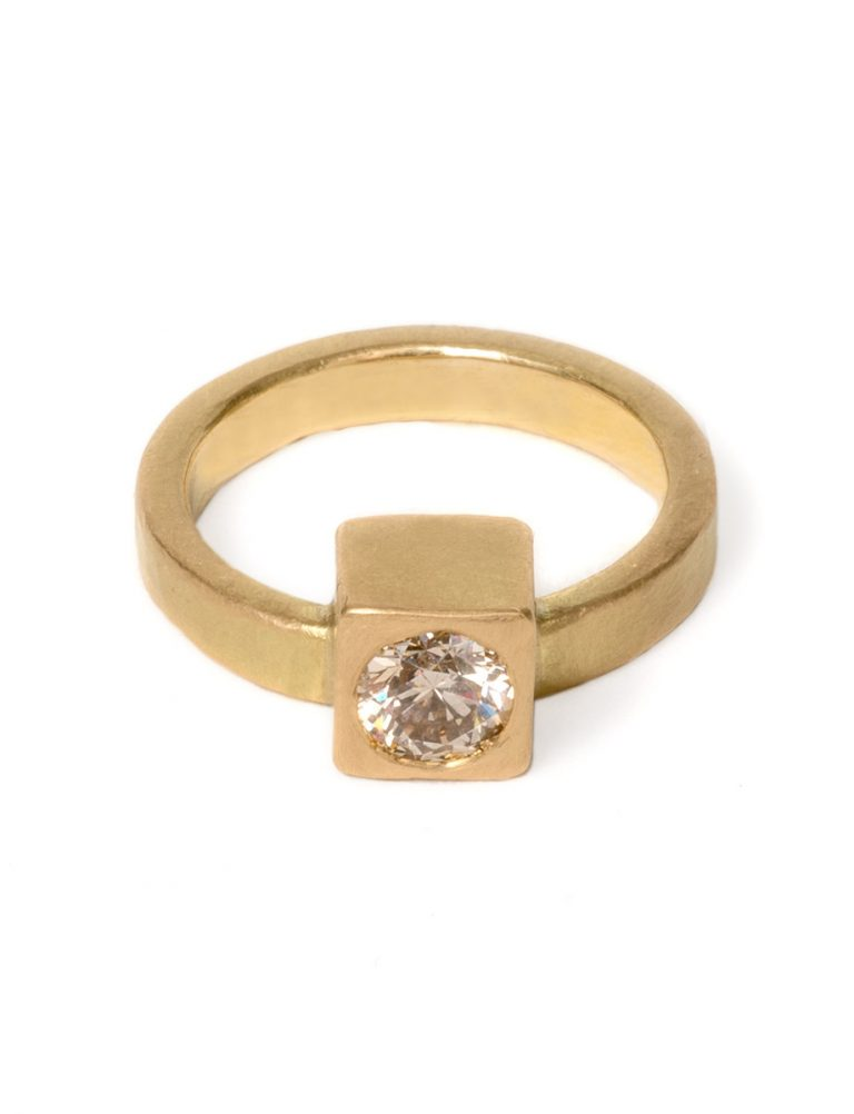 Monument Ring One – Champagne Diamond