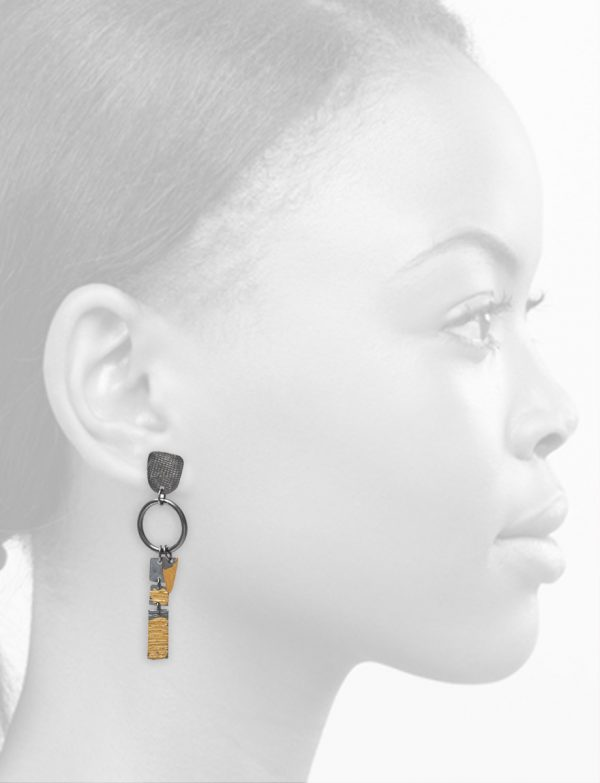 Short Rectangle Ramshackled Earrings – Black & Gold
