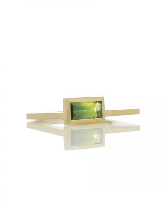 Cantilever Ring – Rectangle Sapphire