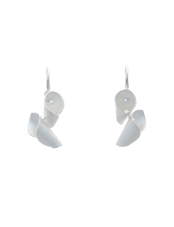 Small Calla Lily Earrings – Silver