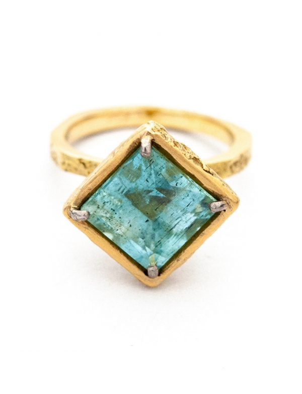 Isolde Ring – Yellow Gold & Aquamarine