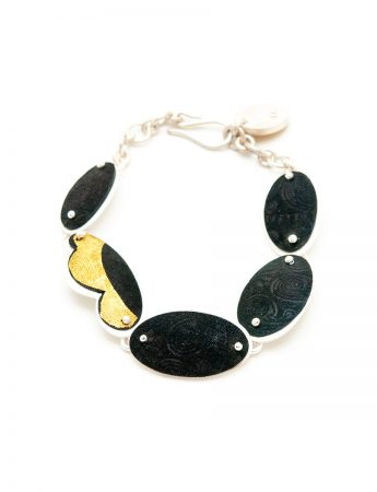 Etched Oval Bracelet - Black & Gold