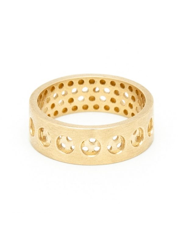 Round And Round Perforation Ring – Yellow Gold