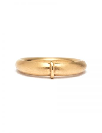 Opposing Ring – Yellow Gold