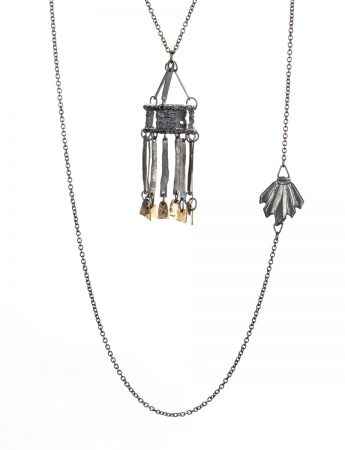 Chintila Pendant Necklace – Black & Gold