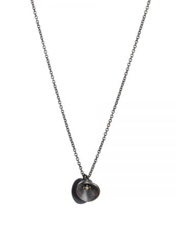 Water Lily Necklace – Black & Gold