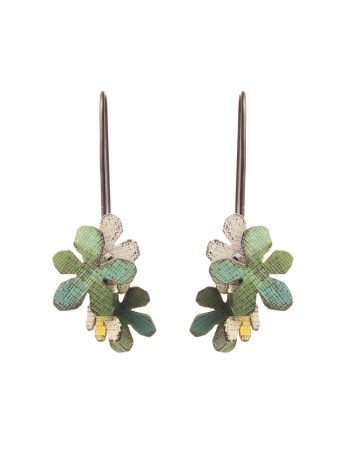 Short Jasmine Earrings - Green & White