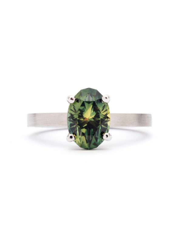 Oval Four Claw Ring – Platinum & Sapphire